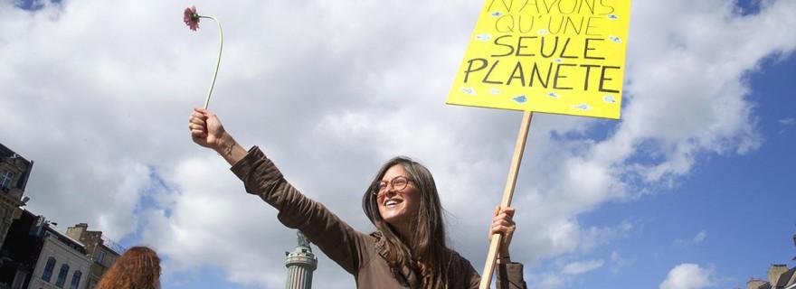 """""""Marche du peuple pour le climat"""" a deux jours d'un sommet de l'Onu sur le changement climatique"""